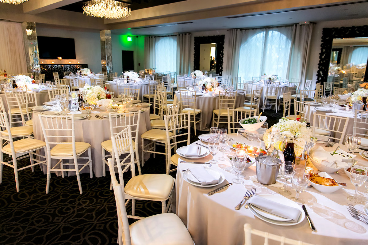 159-vertigo-event-venue-wedding-photos-rebecca-areg