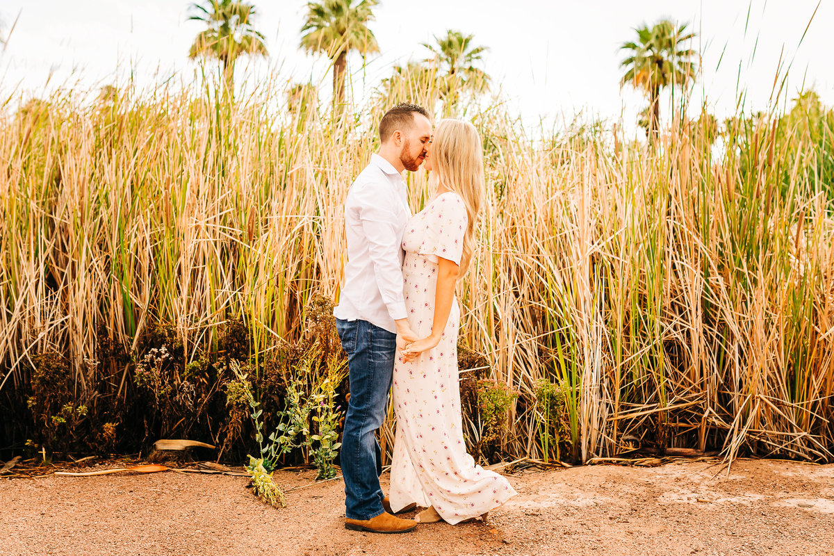Savannah + Colin - Engagement Session - Lunabear Studios-211