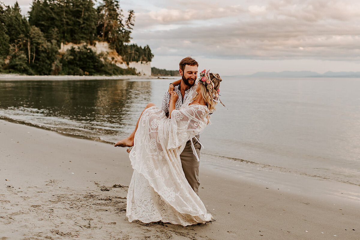 Sunshine-Coast-B.C-Wedding-Photographer