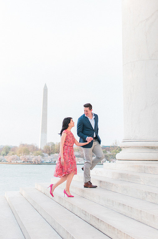 Washington-monument-engagement-photography-film