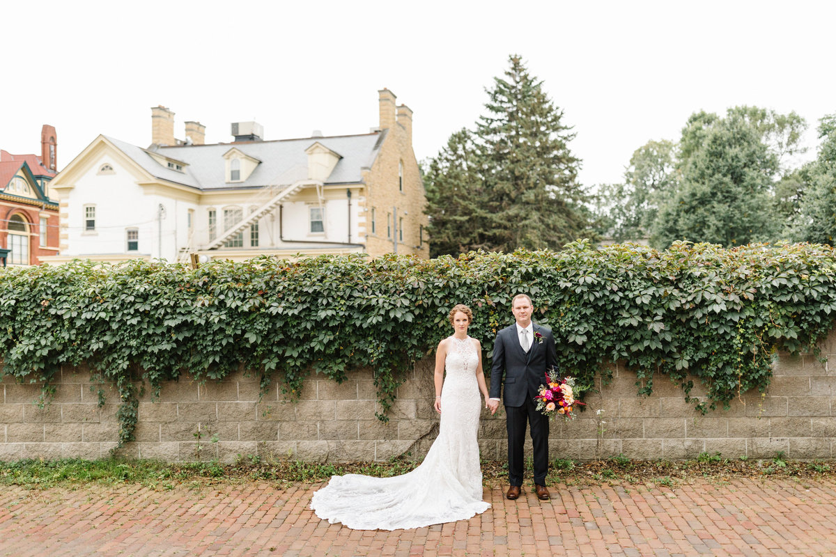 Summit-Manor-St-Paul-Minnesota-European-France-Wedding