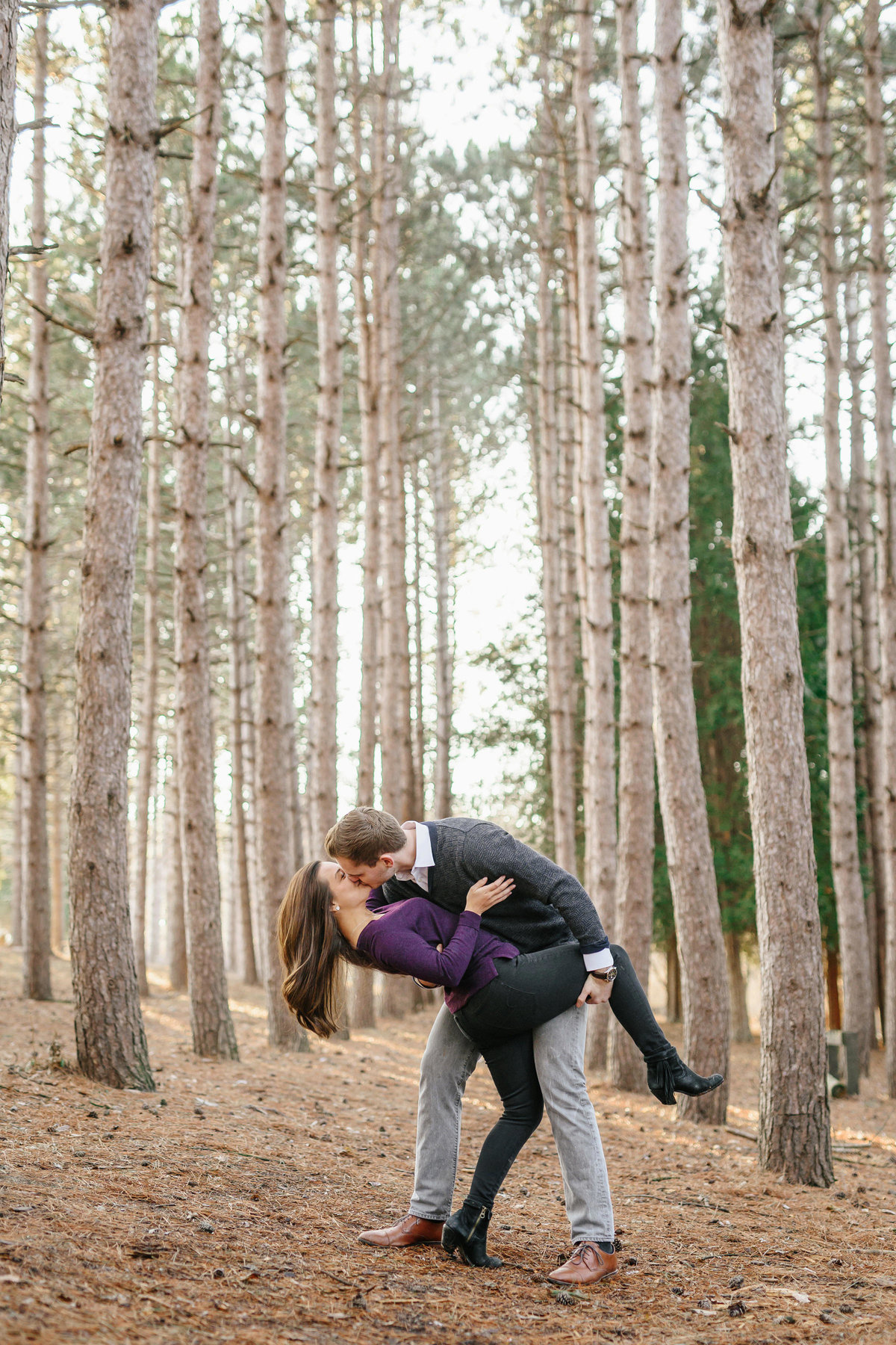 modern-engagement-photos-the-paper-elephant-013