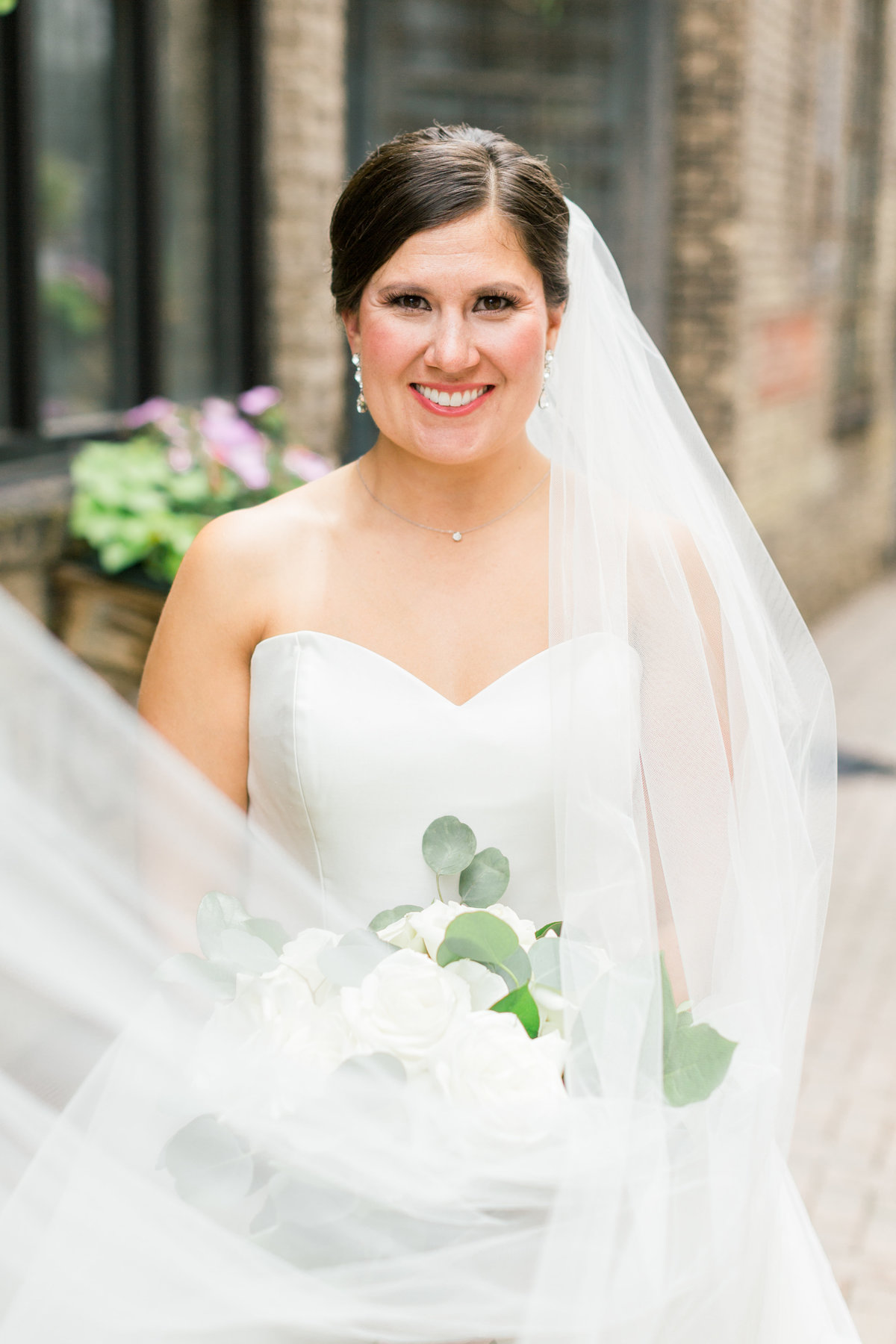 lindsey-taylor-photography-minneapolis-st-peters-basilica-wedding-photographer5