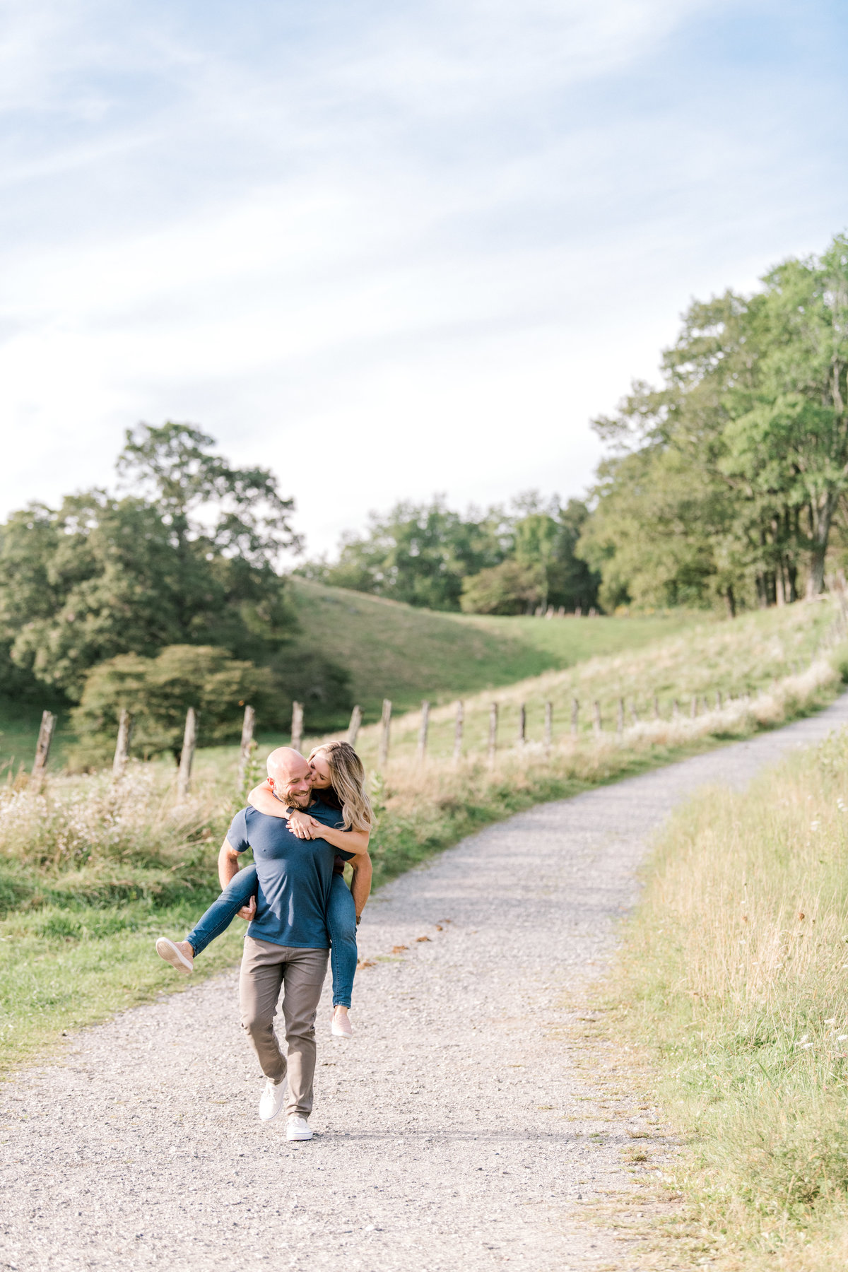 blue-ridge-mountains-engagement-photos84