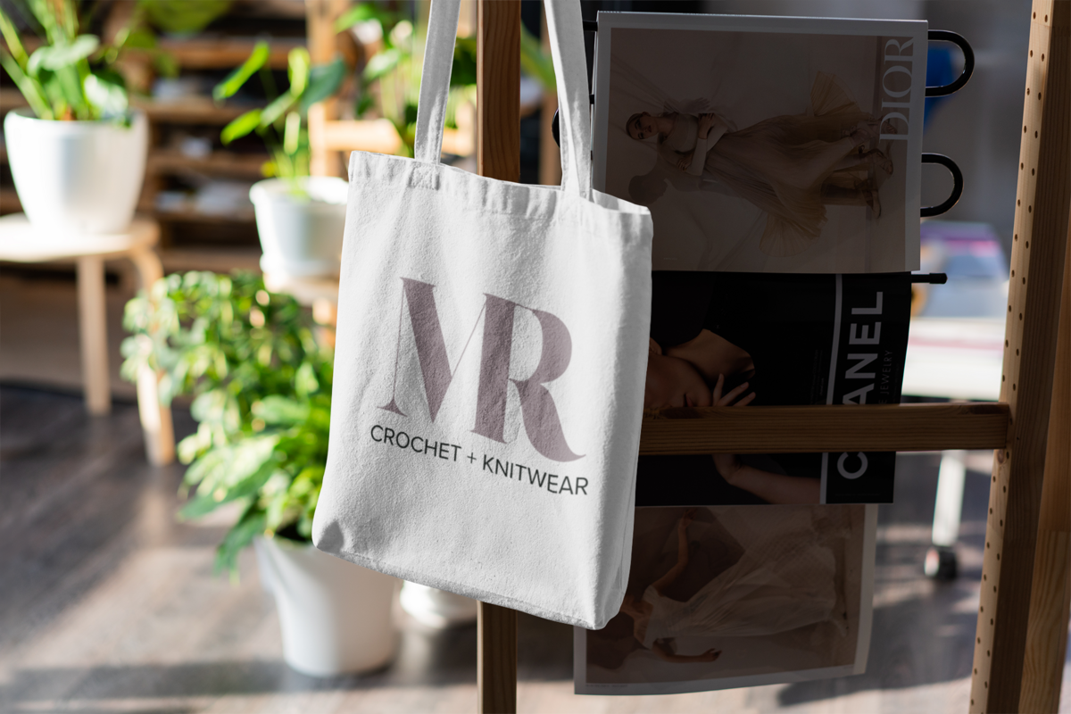 mockup-of-a-tote-bag-with-some-houseplants-in-the-background-3151-el1 (4)