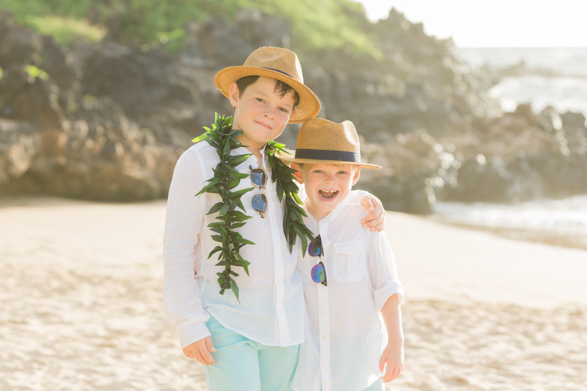 kids at maui vow renewal