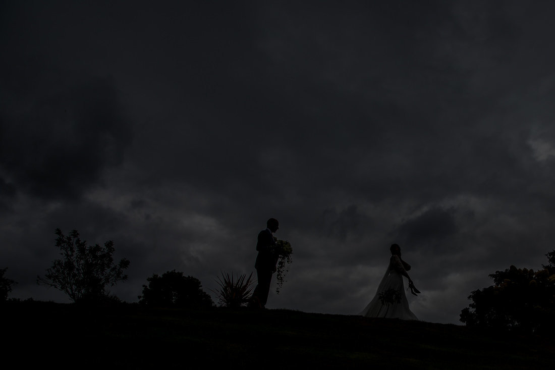 Upton Barn silhouette of Bride and Groom