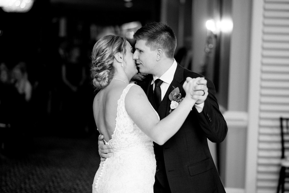 Jordan-Ben-Pine-Knob-Mansion-Clarkston-Michigan-Wedding-Breanne-Rochelle-Photography115