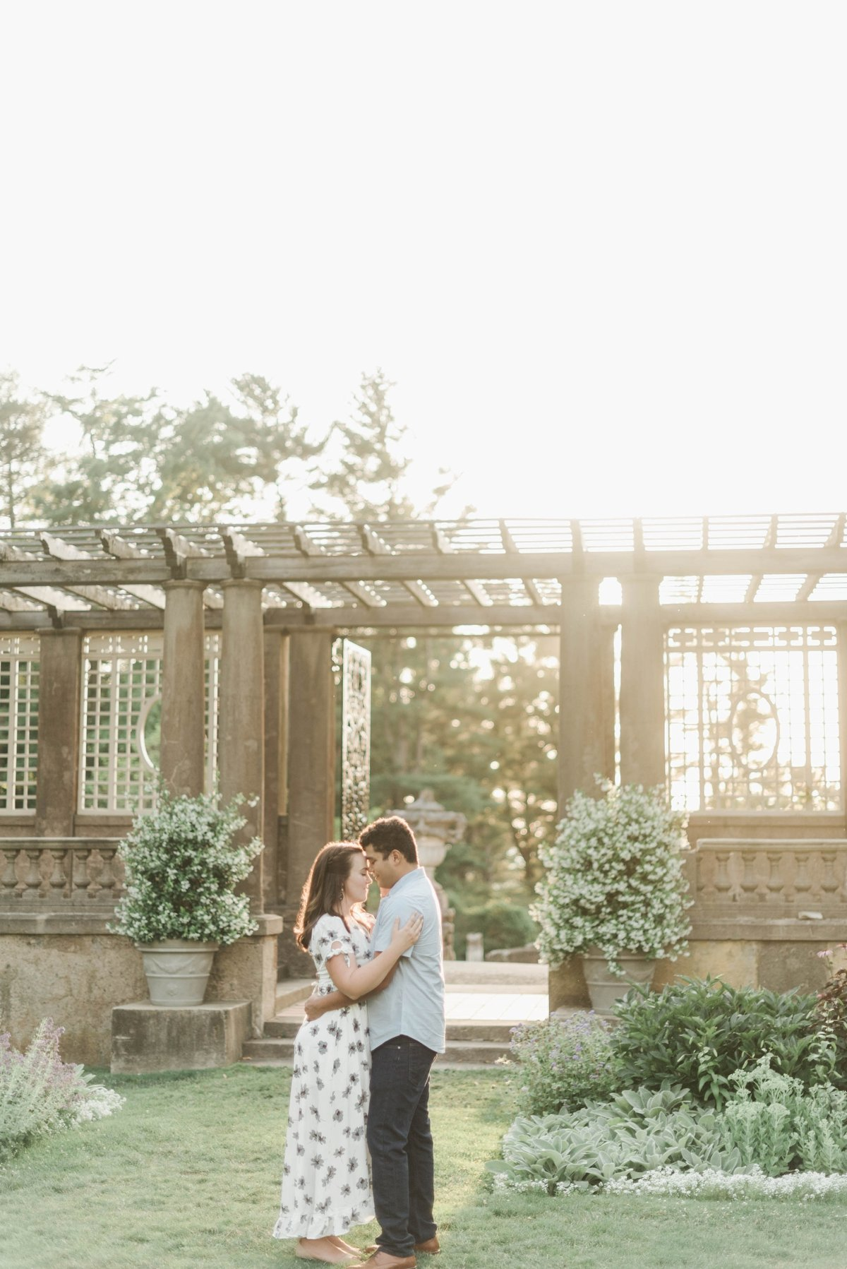 crane-estate-engagement-session-boston-wedding-photographer-photo_0025