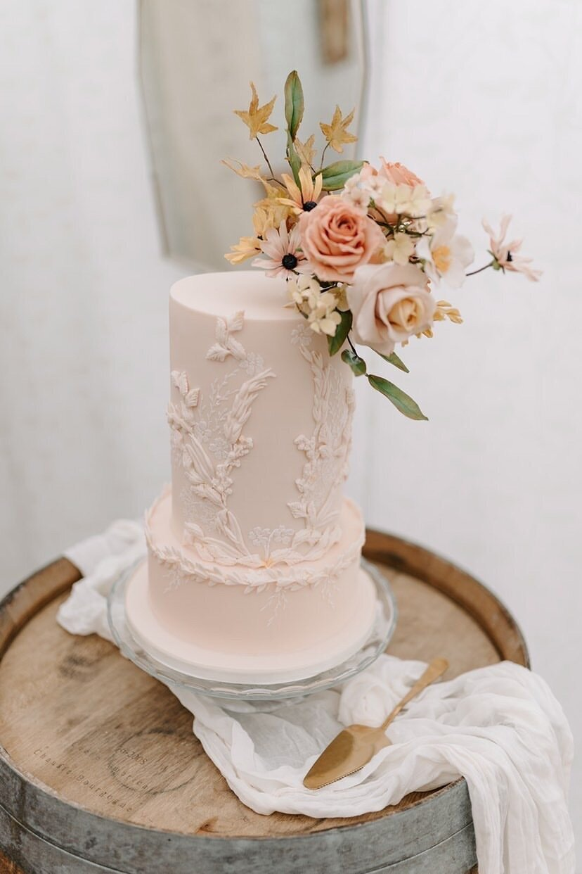 2 tier peach pink wedding floral luxury wedding cake | MonAnnie