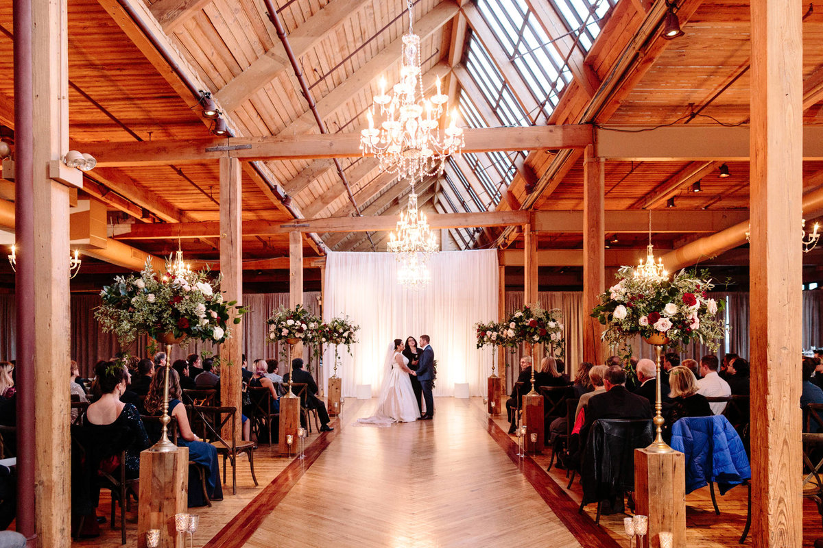 Bridgeport-Art-Center-Wedding-Skyline-Loft-Chicago