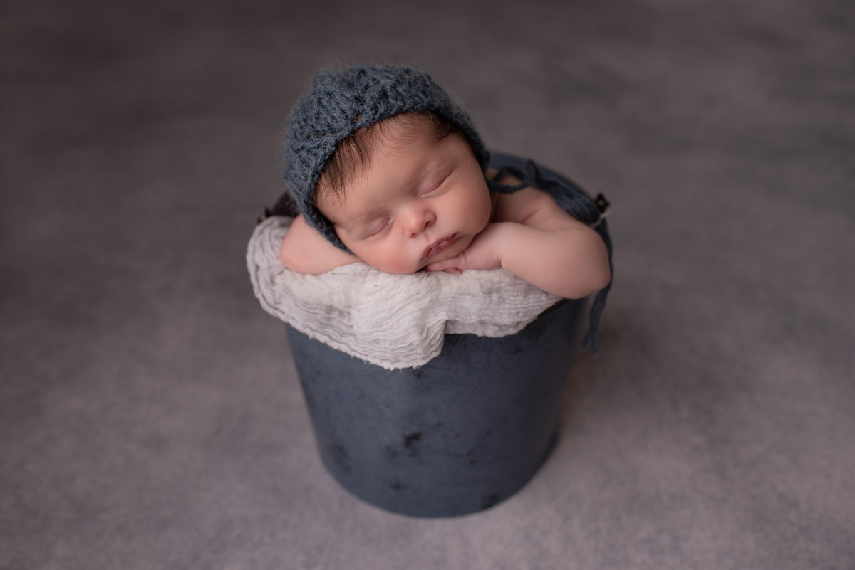 newborn-photographer-columbus-dublin-newalbany-baby-studio3