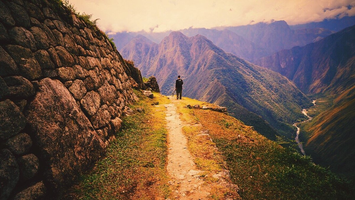 day-3-of-the-inca-trail-hike-to-machu-picchu-in-peru_t20_lW8GZ2