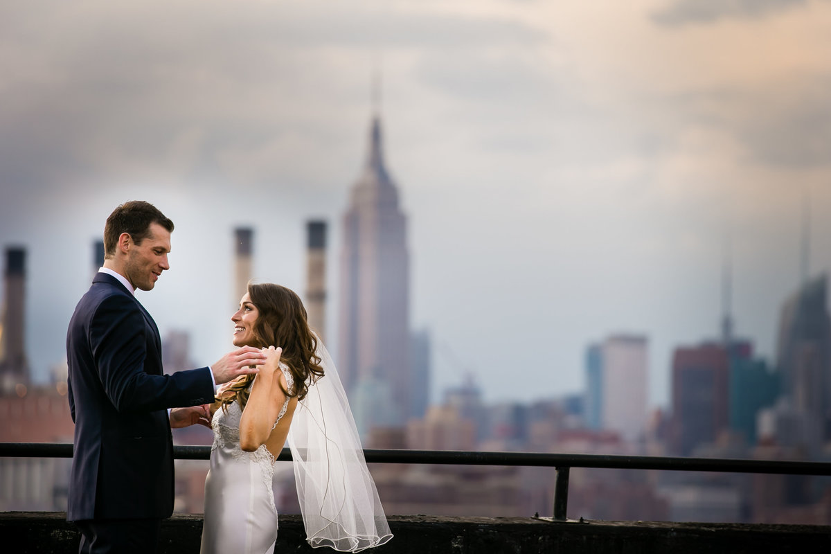 Brooklyn Wedding Photographer | Rob Allen Photography | Destination Wedding Photographer | bride-groom-reception-roof