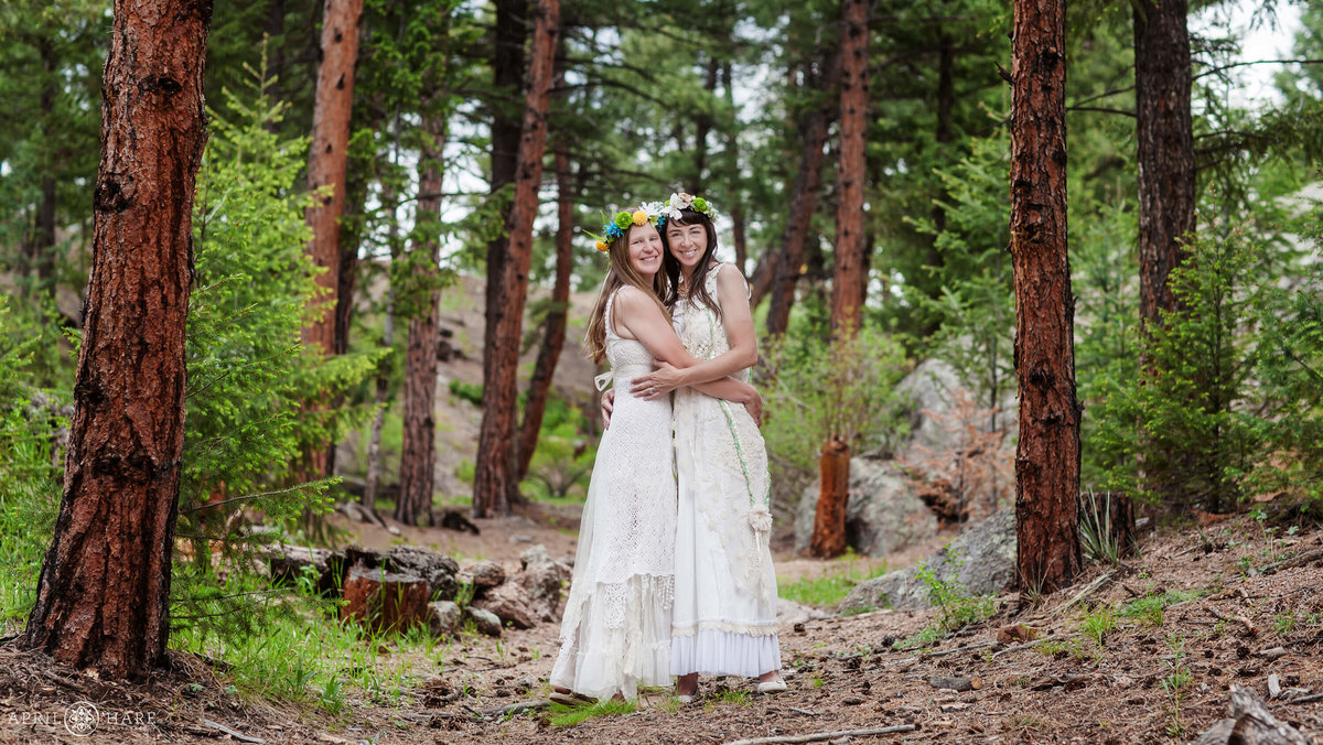 Colorado Lesbian Wedding at Bucksnort Disc Golf in Conifer CO