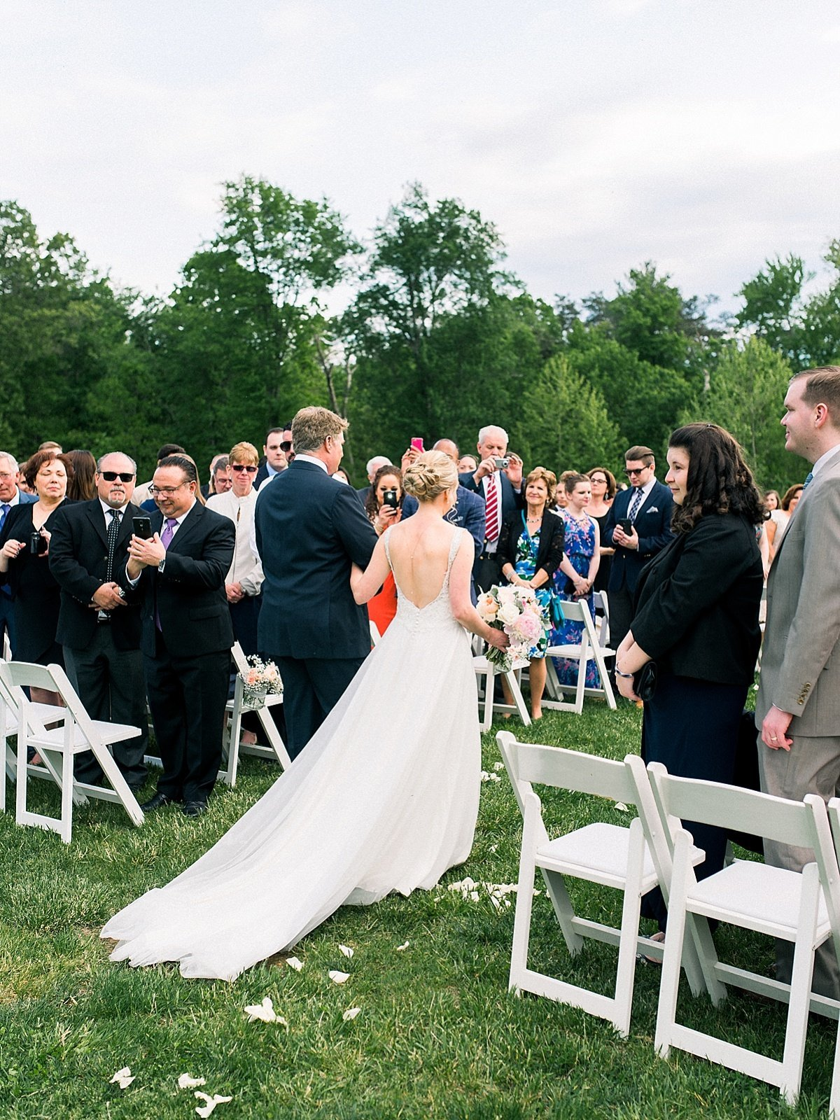 emily-marie-photography-virginia-wedding_0251