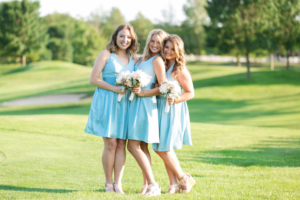 photo of bridesmaids at Willow Creek Golf and Country Club wedding