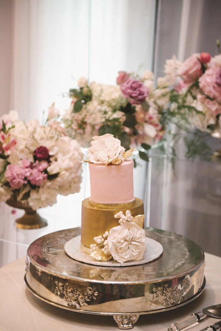 blush-gold-wedding-reception-cake-flowers