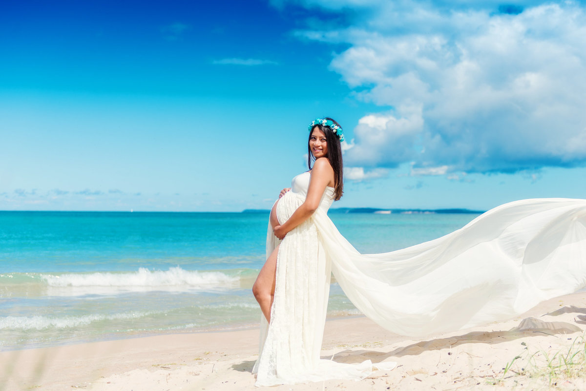 glen arbor michigan beach maternity pictures
