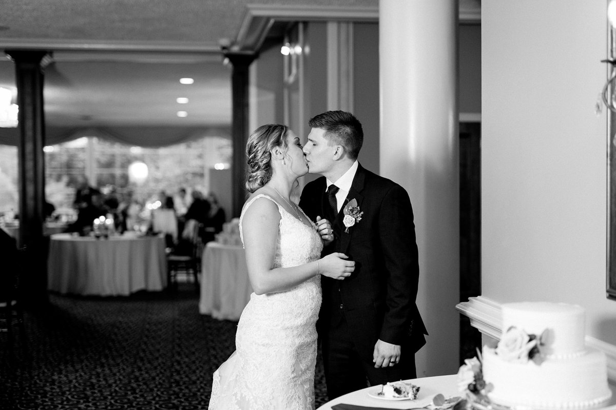 Jordan-Ben-Pine-Knob-Mansion-Clarkston-Michigan-Wedding-Breanne-Rochelle-Photography102