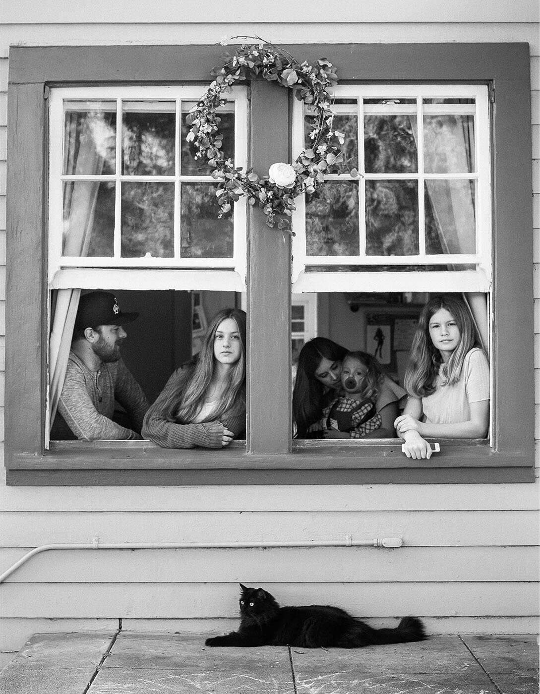 family-window-portrait-pasadena