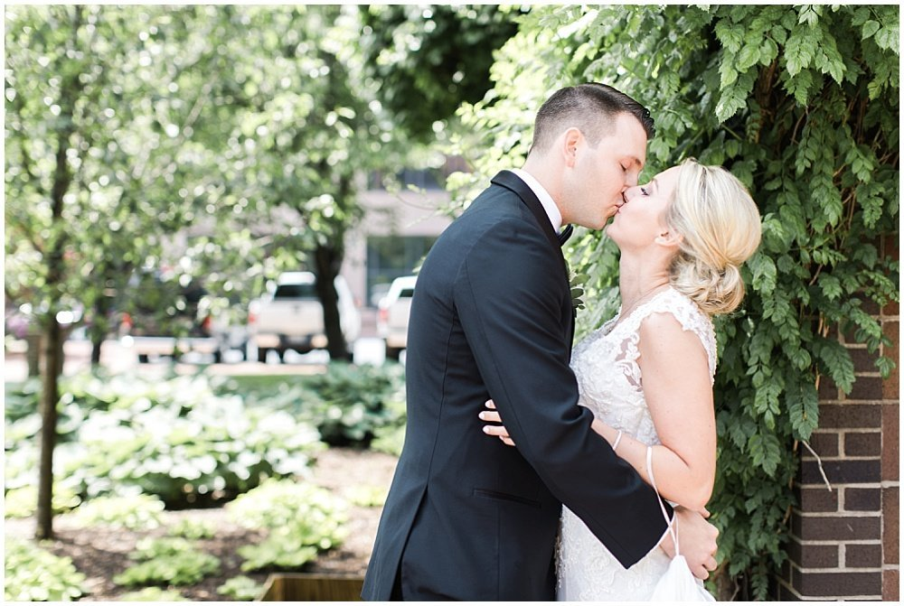 Spring-Scottish-Rite-Cathedral-Neutral-Gold-Ivory-Greenery-Floral-Indianapolis-Wedding-Ivan-Louise-Images-Jessica-Dum-Wedding-Coordination_photo_0007