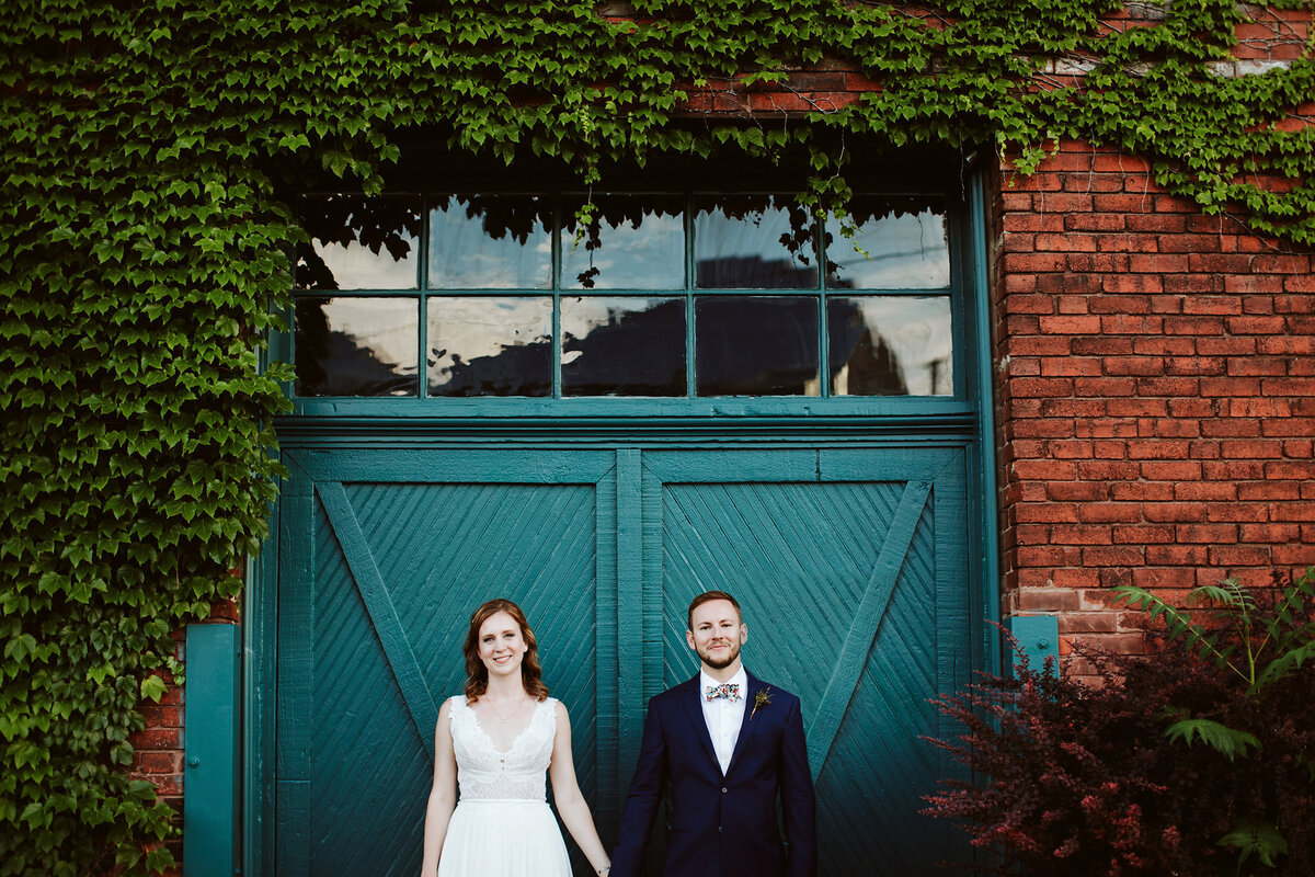 Jenny+ChrisWeddingPreviews_KindlingWeddingPhotography_30 (1)