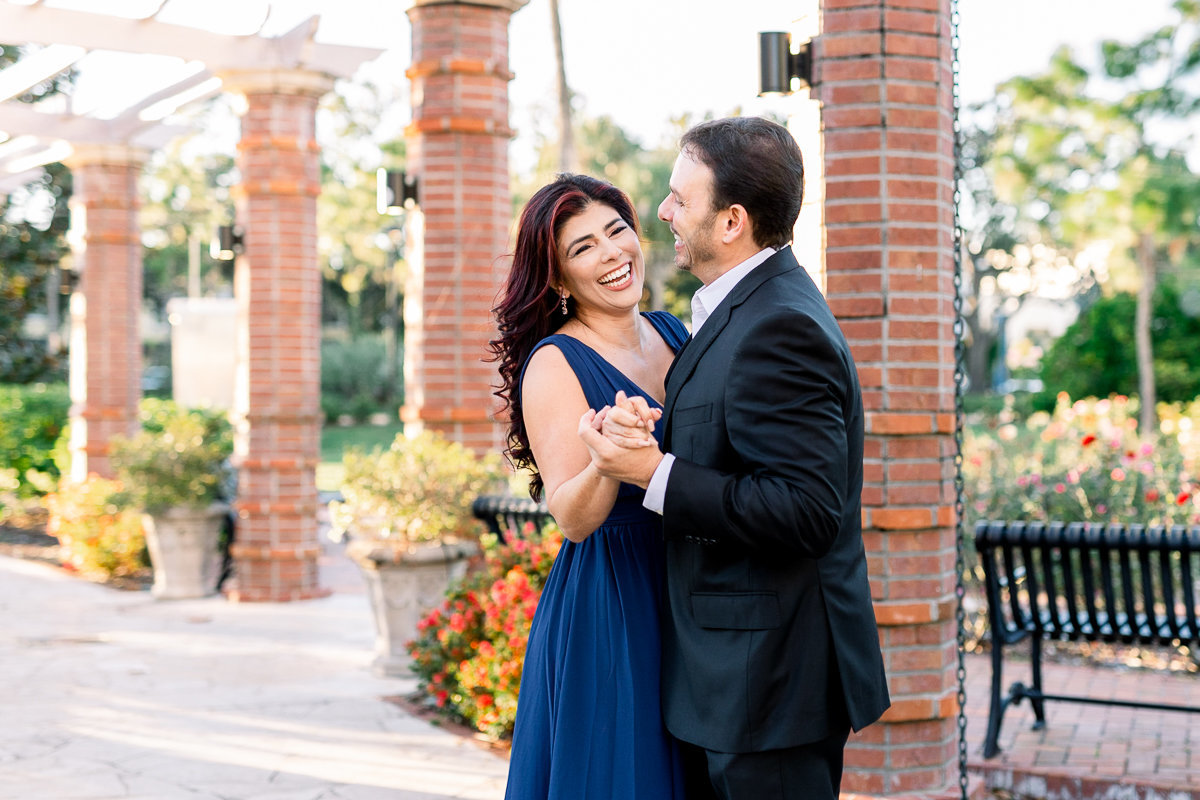 Winter Park Engagement Photographer | Winter Park Wedding Photographer | Bride and Groom first dance-8