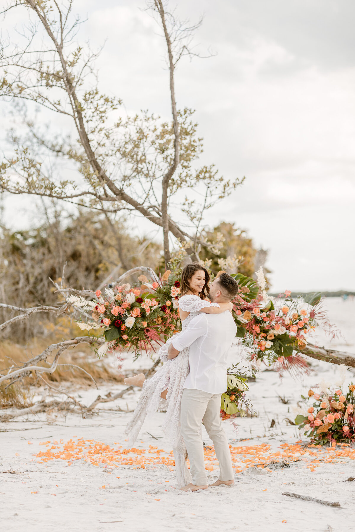 Beach Elopement in Saint Petersburg, Florida 10
