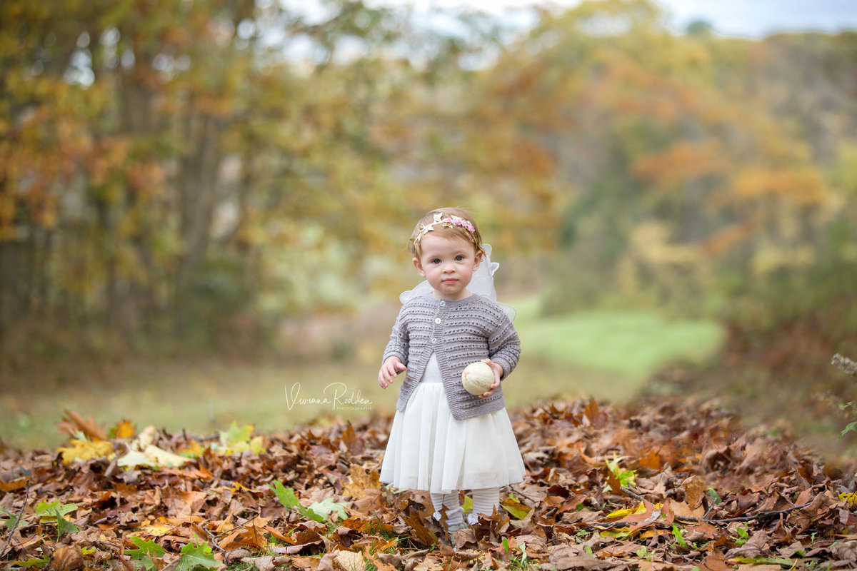 Happy Child in the fall session