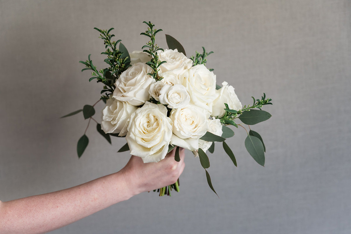 Classic White Medium Bouquet