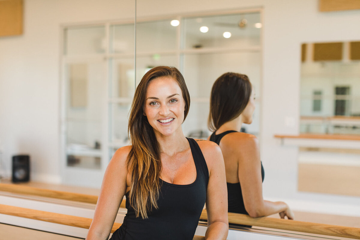 pilates_barre_headshots_avh_photography_00011