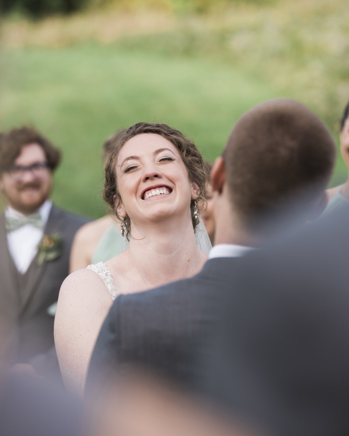 bride-laughing