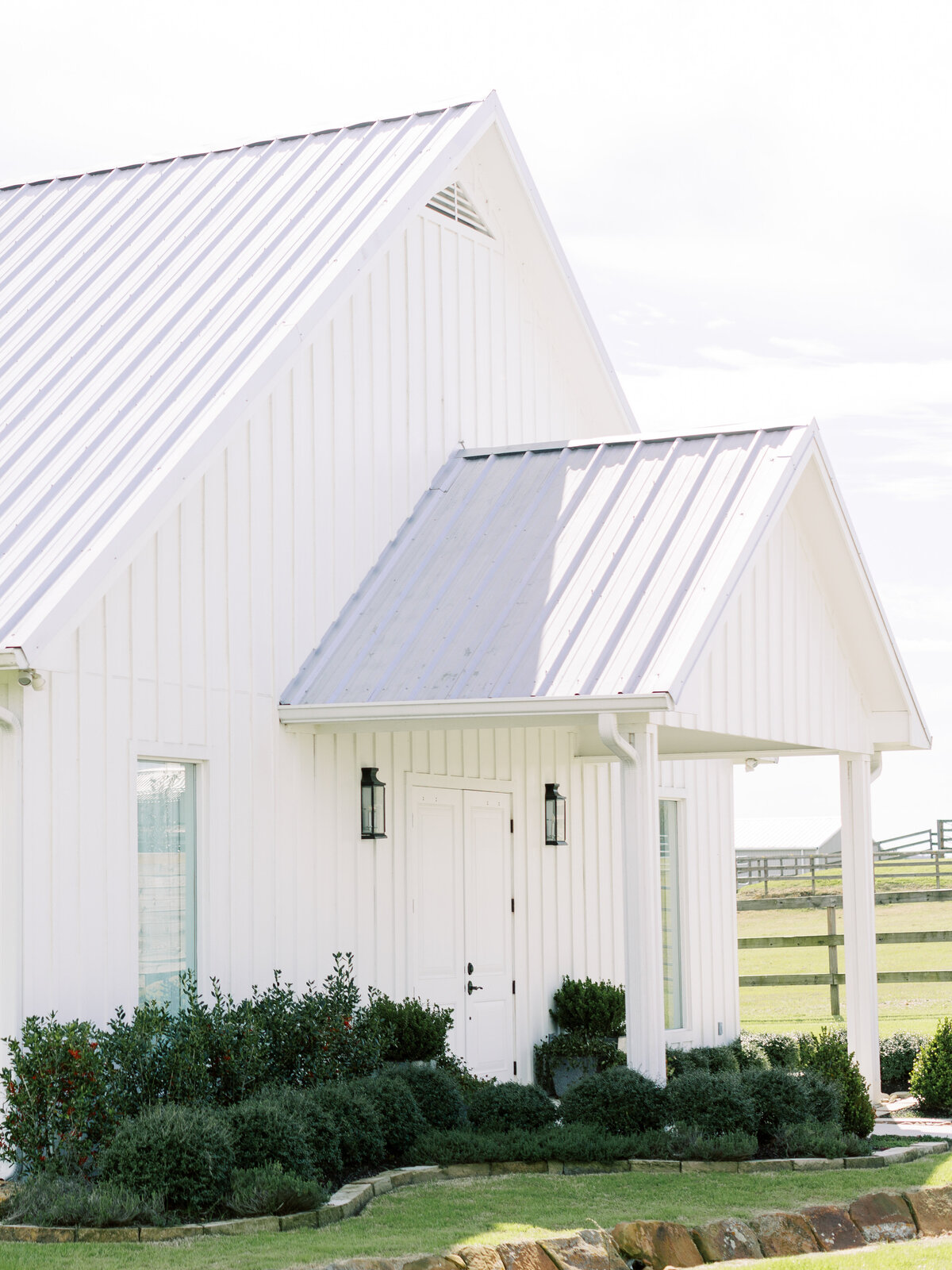 the-farmhouse-wedding-houston-texas-wedding-photographer-mackenzie-reiter-photography-16