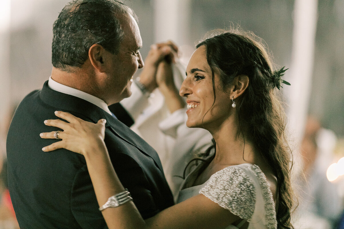 wedding_with_a_vintage_car_in_marvão-52