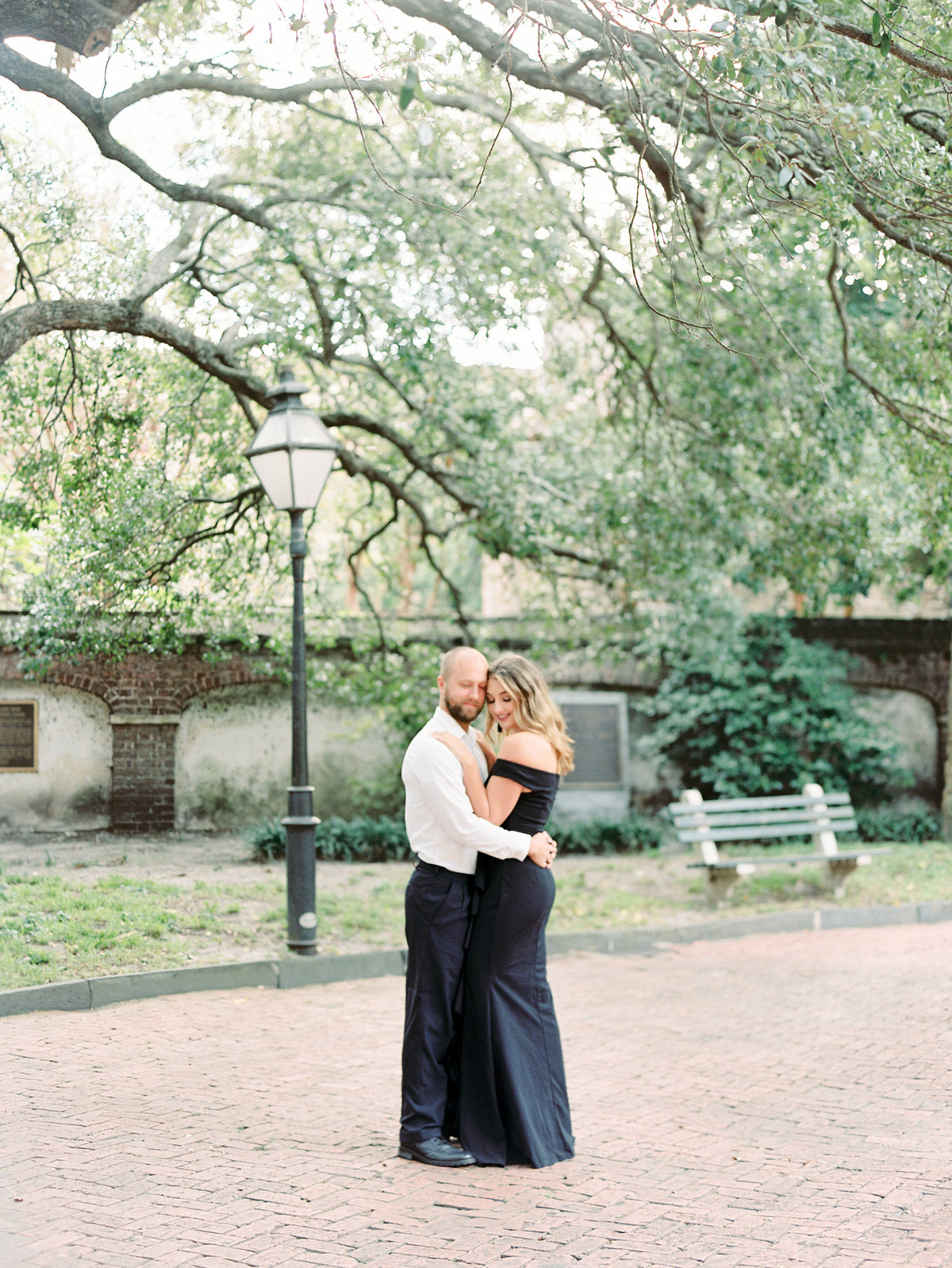 Rainbow-Row-Downtown-Charleston-Engagement-01