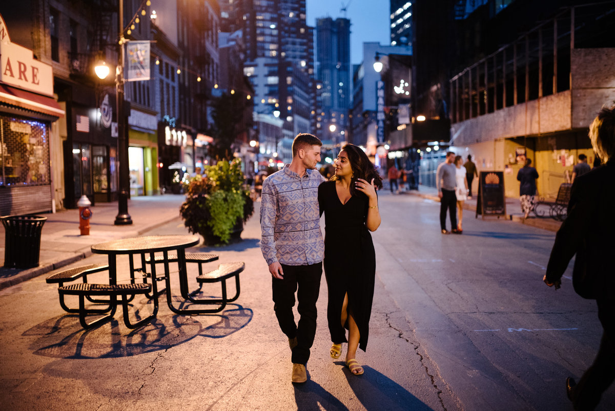 jersey-city-wedding-photographer-downtown-engagement-00019
