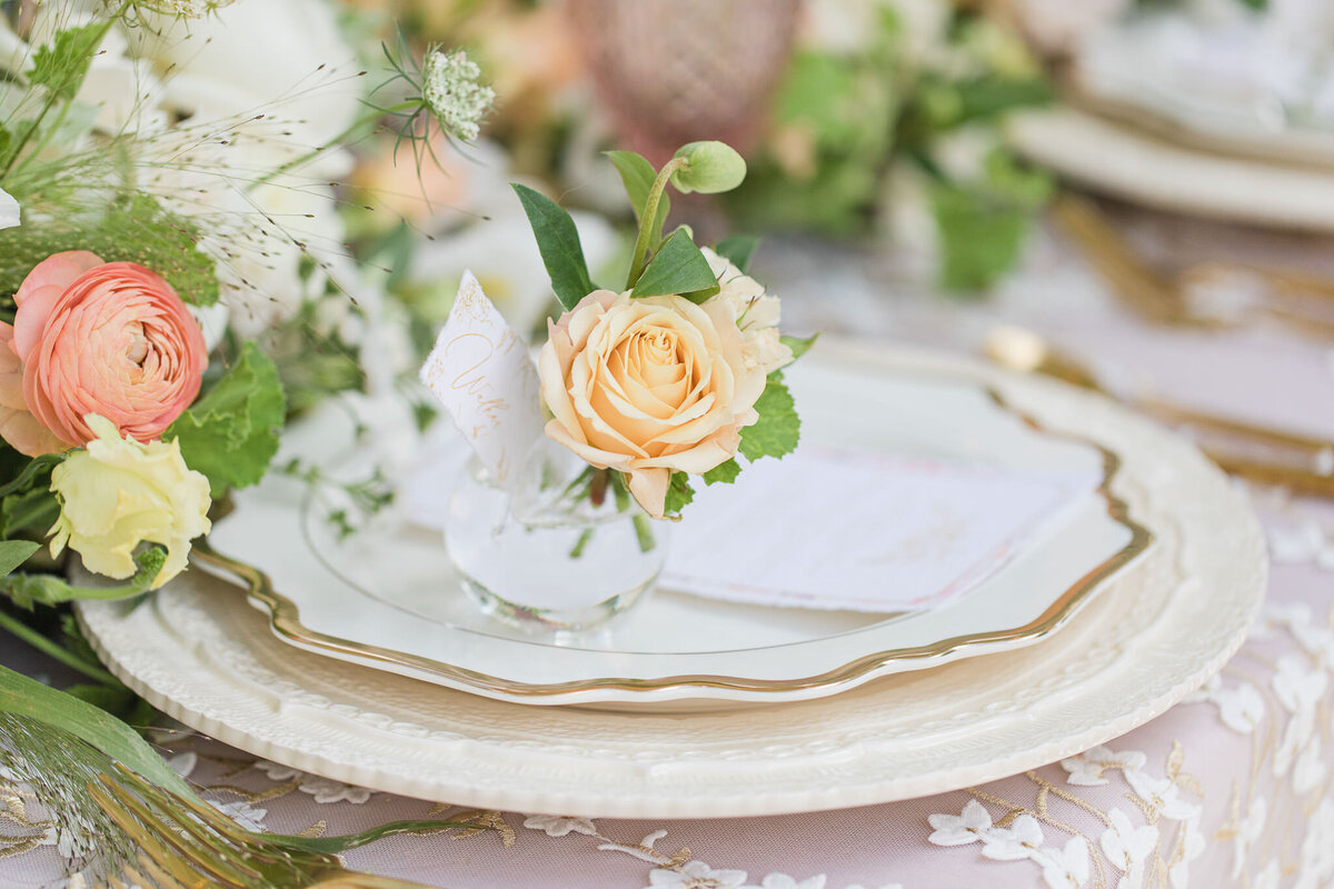 Neutral_Wedding_Palette_near_the_Chapel_and_Gardens_at_the_Park_Chateau_Estate_and_Gardens_in_East_Brunswick-6