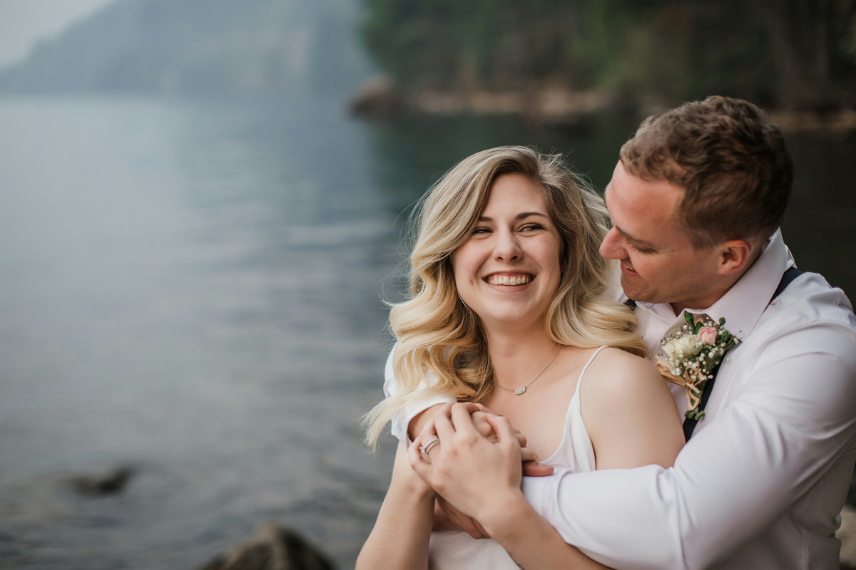 Lake-Cushman-Olympic-National-Park-Elopement-9