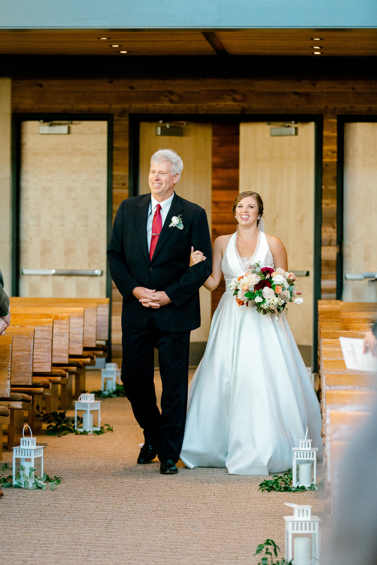 Kaylee & Michael's Wedding at Watermark Community Church | Dallas Wedding Photographer | Sami Kathryn Photography-104