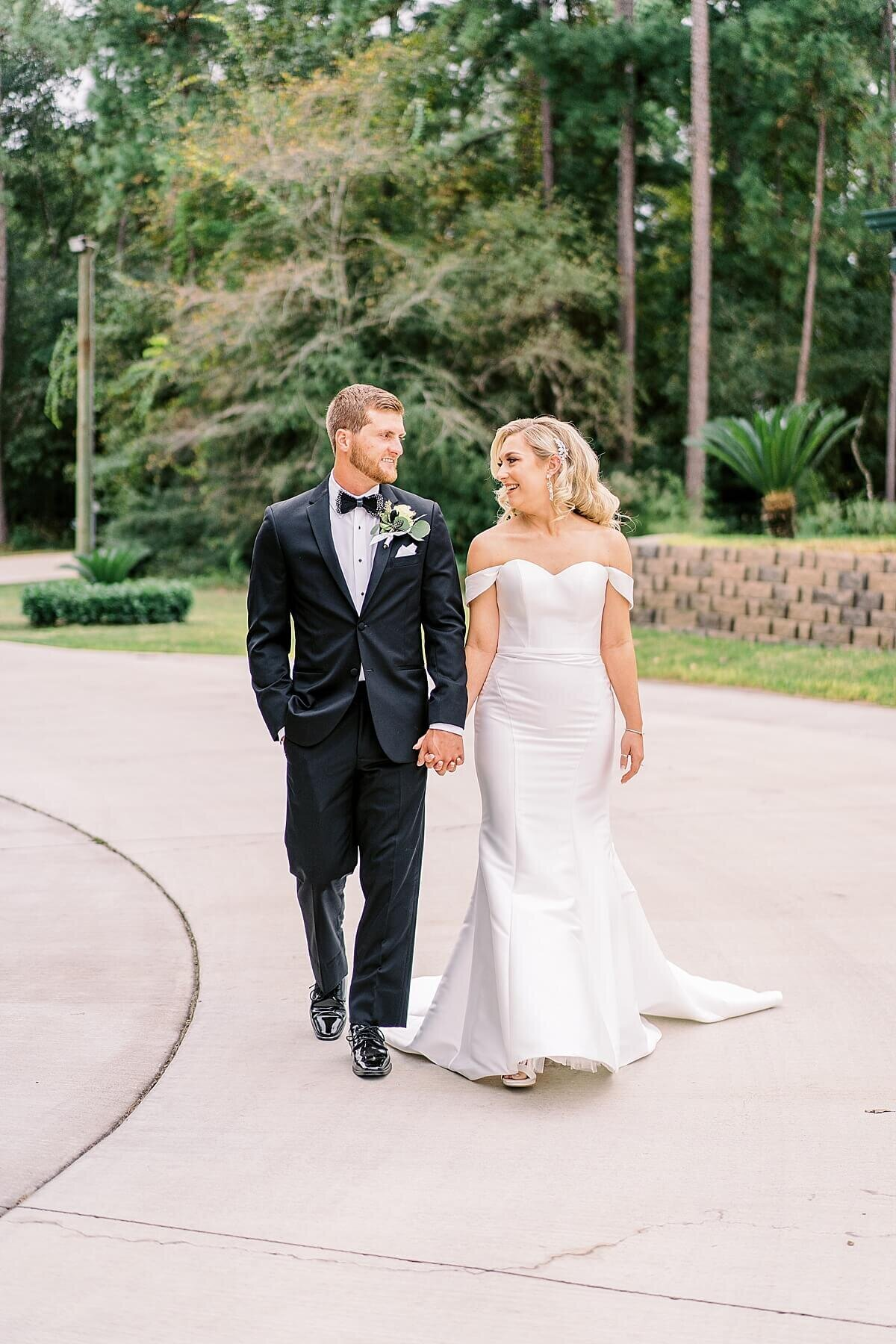 First Look at Black Tie Wedding at the Annex photographed by Alicia Yarrish Photography