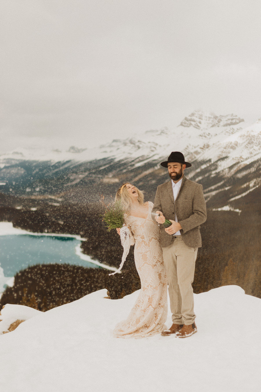 liv_hettinga_photography_peyto_lake_elopement-9