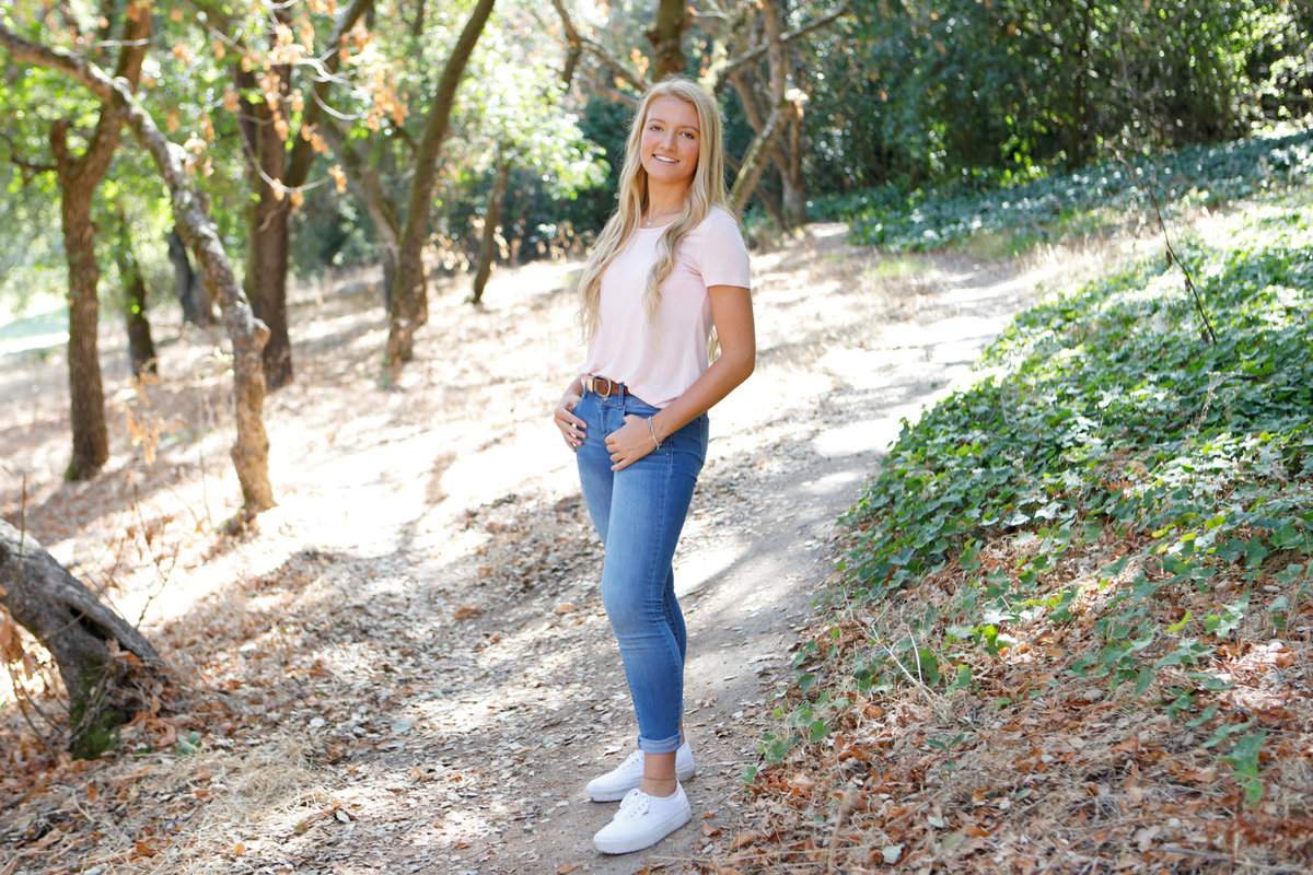 Outdoor senior portraits, menlo park