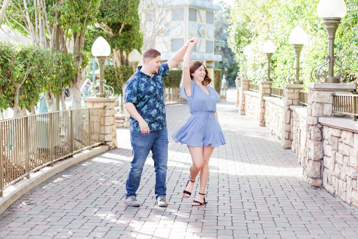 Disneyland-Engagement-Anniversary-Session-0026