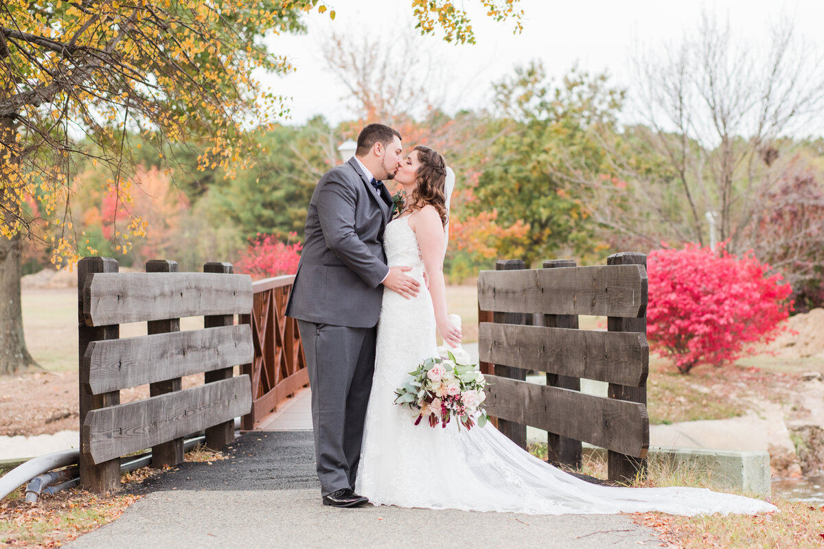 The_Reception_Center_Fall_Wedding_Ultimate_Edge_Photography-307