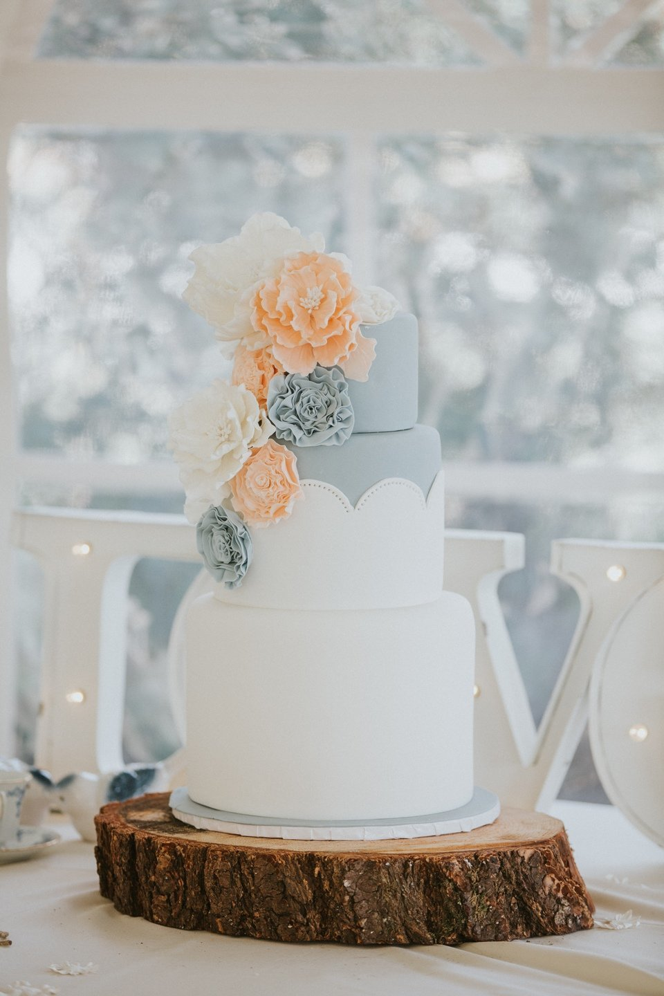 Whippt Wedding Cake - Credit Loree Photography2