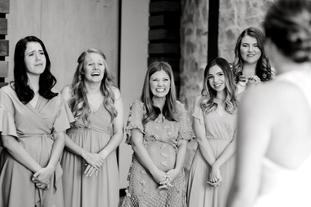 Kaylee & Michael's Wedding at Watermark Community Church | Dallas Wedding Photographer | Sami Kathryn Photography-32