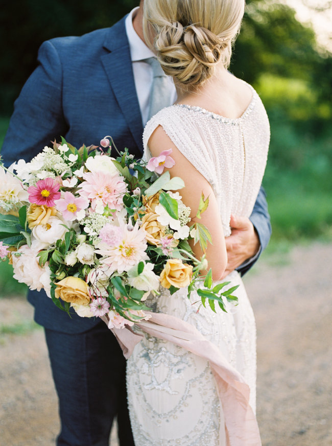 bloom lake barn wedding bouquet