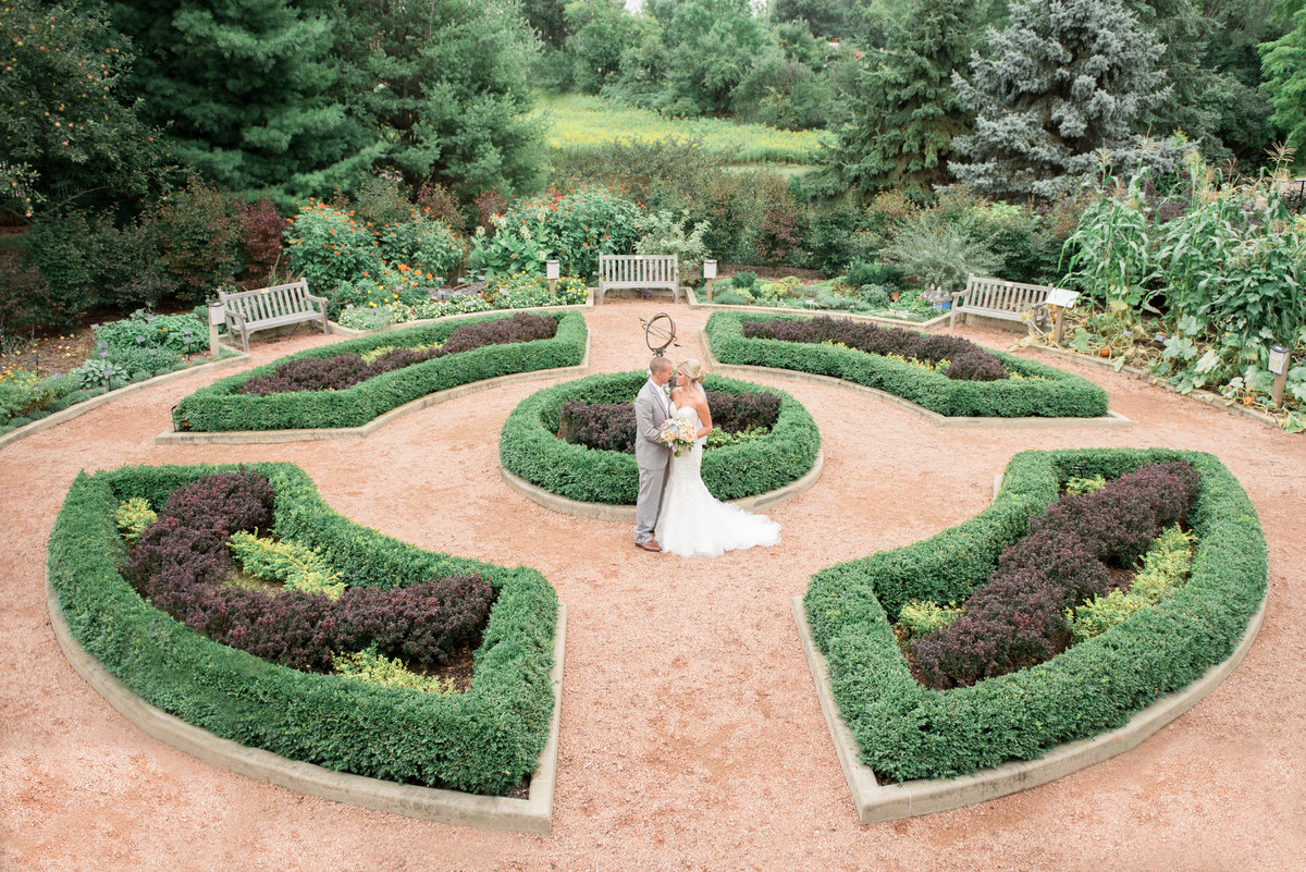 Green Bay Botanical Gardens Wedding Photo by Michelle Kujawski Photography