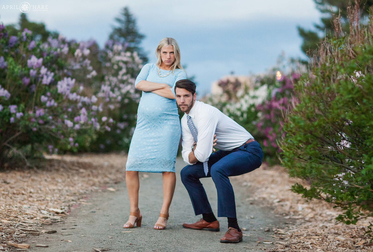 City-Park-Denver-Colorado-Maternity-Portraits-During-Spring-Blossoms